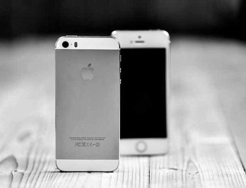 Smartphone màn hình thường vs Smartphone màn hình gập